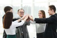 Jak mądrze wspierać zespół pracowniczy?