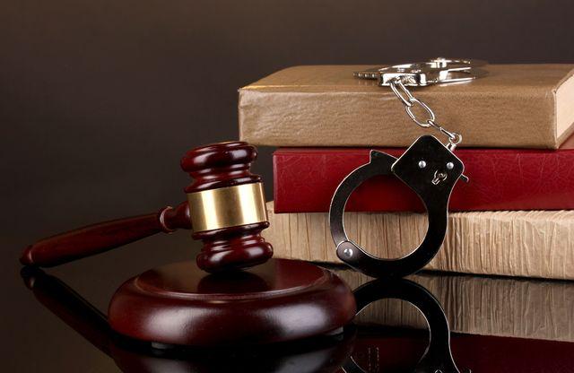 Закон о наручниках появилась большая