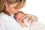 Wyższe wynagrodzenie minimalne a zasiłek macierzyński
