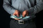 Zatory płatnicze i brak fachowców. Nad tym ubolewają przedsiębiorcy