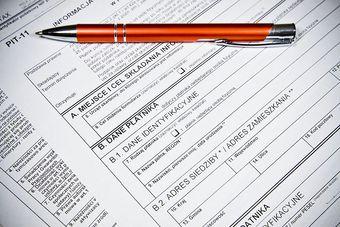 Odprawa dla pracownika: zaliczka na podatek i ZUS