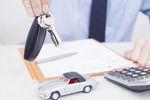 Sprzedaż samochodu przy korzystaniu ze zwolnienia z VAT