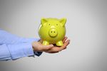 Konto oszczędnościowe lepsze od lokaty? Tylko na starcie