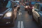 Monitorowanie pojazdów przez GPS: w jaki sposób podnosi bezpieczeństwo pojazdu w trasie?