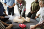 Szkolenie z pierwszej pomocy dla firm - na jakie obszary trzeba zwrócić szczególną uwagę?