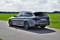 BMW 530e xDrive Touring - z tyłu