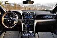 Bentley Bentayga V8 First Edition - deska rozdzielcza