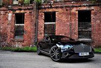 Bentley Continental GT V8 - z przodu