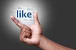 Facebook: sześć przydatnych sztuczek