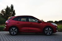 Ford Kuga Plug-In Hybrid ST-Line - profil