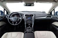 Ford Mondeo 1.5 Ecoboost - wnętrze, fot.2