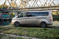 Ford Tourneo Custom - bok