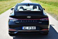 Hyundai Elantra 1.6 MPI Executive - tył