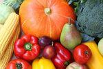 Inspekcja Handlowa kontroluje oznakowanie warzyw i owoców. Dużo zastrzeżeń
