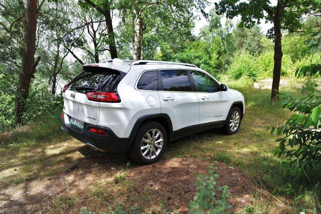 Jeep Cherokee 2.0 Multijet 4WD Limited wygląda kontrowersyjnie