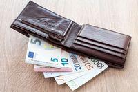 Jak obliczyć płacę minimalną we Francji i w Niemczech?