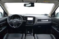 Mitsubishi Outlander 2.0 CVT 4WD Instyle Navi - wnętrze