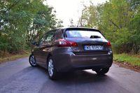 Peugeot 308 1.2 PureTech Active - z tyłu