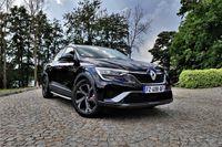 Renault Arkana E-TECH - z przodu