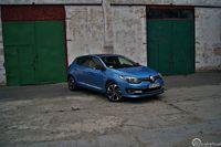Renault Megane 1,2 TCe - z przodu i boku