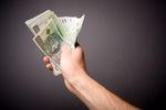 Płacisz za faktury gotówką w banku? Fiskus zakwestionuje koszty