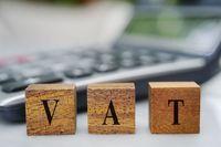 Rozliczanie VAT przez małego podatnika korzystającego z metody kasowej
