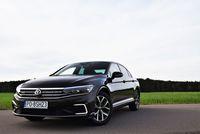 Volkswagen Passat GTE - z przodu