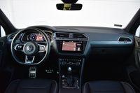 Volkswagen Tiguan 2.0 TSI DSG 4MOTION Highline - deska rozdzielcza