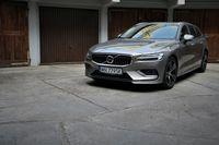 Volvo V60 D4 - z przodu
