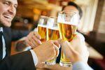 Picie alkoholu po polsku, czyli piwo w środę, wódka w sobotę