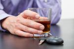 Pijani kierowcy: drakońskie kary finansowe, obowiązkowe alkomaty