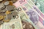 Banki tracą klientów na rzecz parabanków