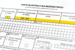 Rejestracja w urzędzie pracy a prawo do zasiłku