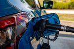 Kto zaczarował ceny paliw?