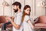 Cyfrowa przemoc domowa. Jak wykryć i powstrzymać oprogramowanie stalkerware?
