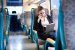Polacy nie chcą tracić czasu na dojazdy do pracy. Wolą mniej zarabiać