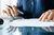 Polski Ład: usługi świadczone przez wspólnika nie będą kosztem podatkowym spółki