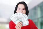 BIK: pożyczki ciągle na minusie, spadki sięgają 30%