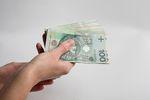 Polacy chętnie zaciągają kredyty gotówkowe