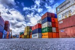 Handel zagraniczny I-IV 2021: saldo wyniosło 16 mld PLN