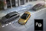 Asystent parkowania, tempomat i inni. Co myślą o nich eksperci?