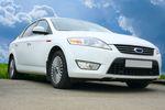 Zwolnienie podmiotowe z VAT: czy akcesoria to części samochodowe?