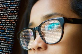 Kobiety w branży IT. Co robią i ile zarabiają? [© pixabay.com]