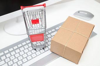 Sprzedaż wysyłkowa dla osób fizycznych a nowy JPK z deklaracją