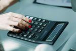 Przedterminowe rozwiązanie umowy: odstępne w kosztach podatkowych