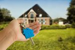 Cele mieszkaniowe a koszty podatkowe przy sprzedaży nieruchomości