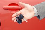 Leasing drogiego samochodu tańszy niż kredyt