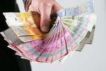 Kredyty walutowe: uwolnij się od bankowych kursów