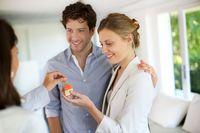 Jakie dodatkowe usługi przy zakupie mieszkania są ważne?
