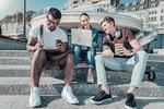 Jak pokolenie Y zarabia na komunikatorach internetowych, YouTube i sieciach społecznościowych